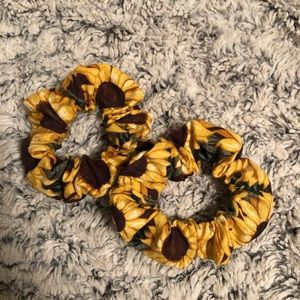2 Sunflower scrunchies
